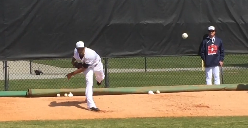 David Price throwing a bullpen image