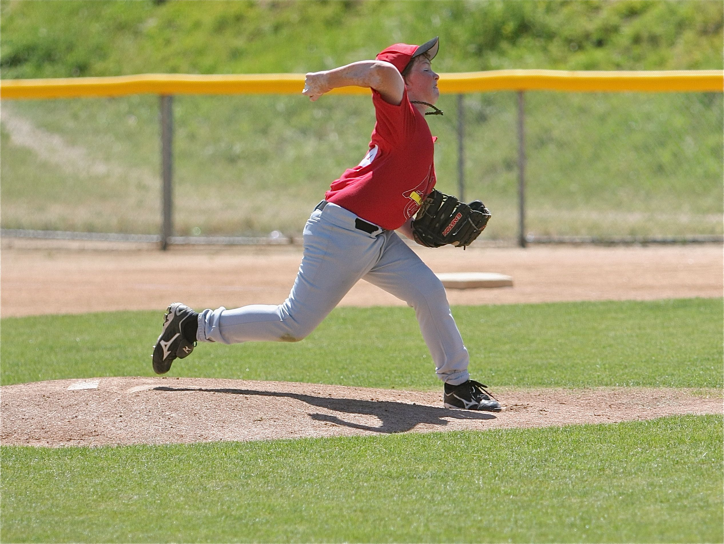 Little League pitching tips for pitchers image