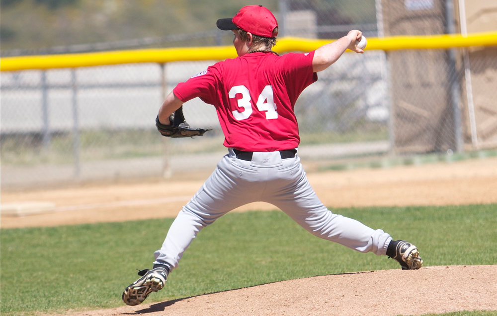 Little League pitching tips for parents image